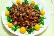 грибы шампиньоны с болгарским перцем