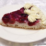 Пирог бисквитный с вишней Нямур