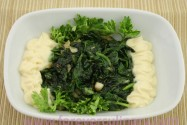 шпинат с чесноком