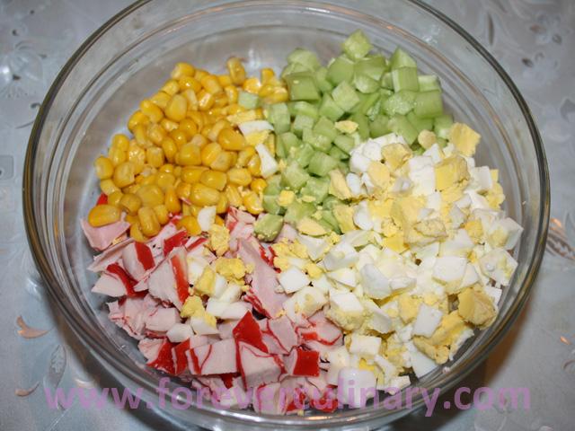 Как сделать салат крабовый рецепт